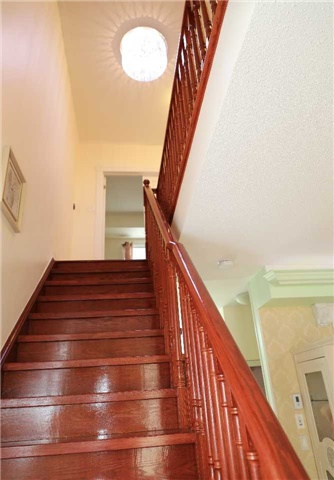 Condo Townhouse at 44 Comely  Way, Markham, Ontario. Image 7