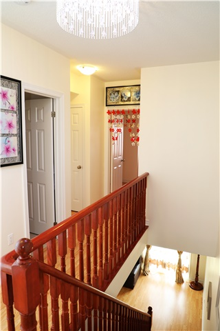 Condo Townhouse at 44 Comely  Way, Markham, Ontario. Image 8