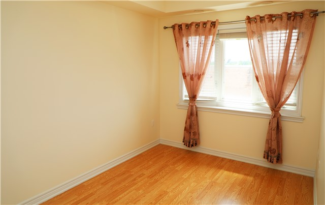 Condo Townhouse at 44 Comely  Way, Markham, Ontario. Image 10