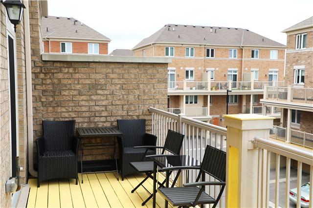 Condo Townhouse at 44 Comely  Way, Markham, Ontario. Image 3