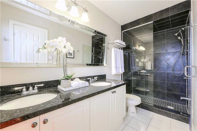 Detached at 50 Innisvale Dr, Markham, Ontario. Image 5