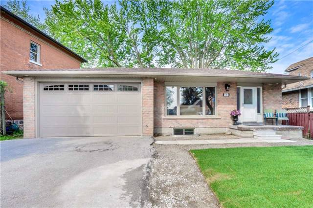 Detached at 36 Queen St S, New Tecumseth, Ontario. Image 1