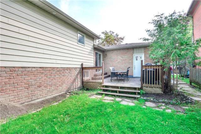 Detached at 36 Queen St S, New Tecumseth, Ontario. Image 10