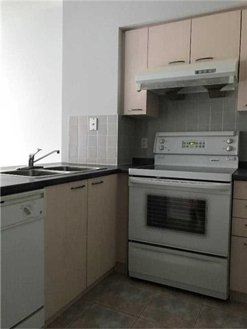 Condo Apartment at 25 Times Ave E, Unit 107, Markham, Ontario. Image 5
