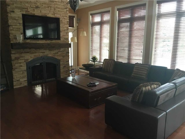 Detached at 101 Country Club Dr, King, Ontario. Image 11