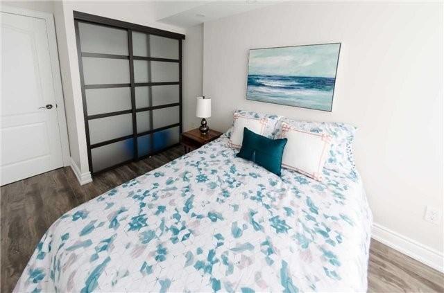 Condo Apartment at 7250 Yonge St, Unit 1701, Vaughan, Ontario. Image 19
