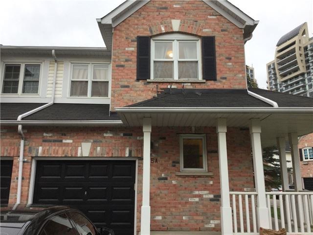 Condo Townhouse at 81 Northern Heights Dr, Unit 25, Richmond Hill, Ontario. Image 13
