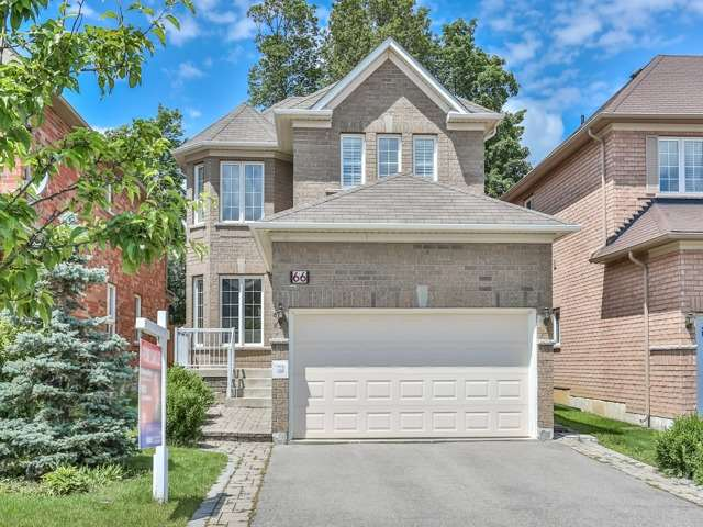 Detached at 66 Eagle Peak Dr, Richmond Hill, Ontario. Image 1