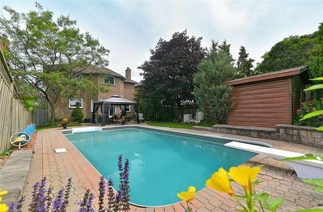 Detached at 782 Firth Crt, Newmarket, Ontario. Image 13