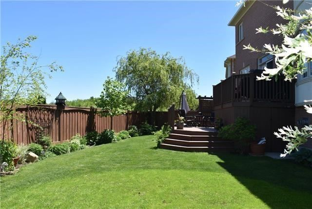Detached at 34 Selleck Dr, Richmond Hill, Ontario. Image 14