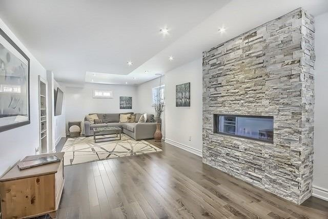 Detached at 34 Selleck Dr, Richmond Hill, Ontario. Image 11