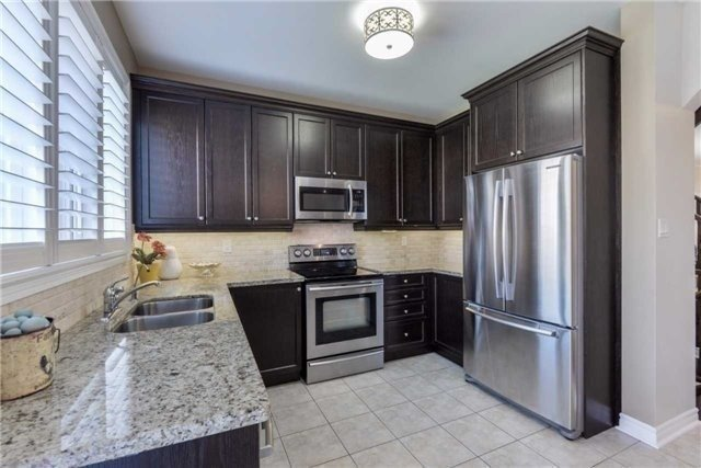Detached at 50 Braith Cres, Whitchurch-Stouffville, Ontario. Image 12