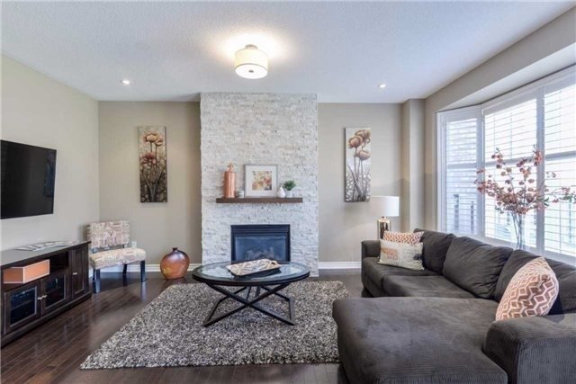 Detached at 50 Braith Cres, Whitchurch-Stouffville, Ontario. Image 14