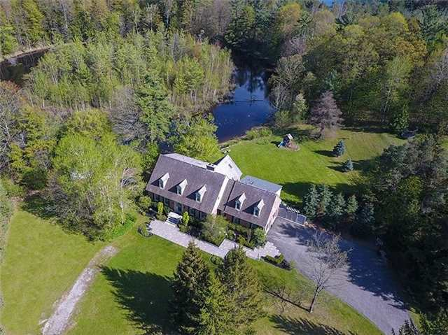 Detached at 16 Forfardale Rd, Whitchurch-Stouffville, Ontario. Image 12