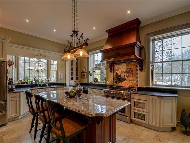 Detached at 16 Forfardale Rd, Whitchurch-Stouffville, Ontario. Image 19