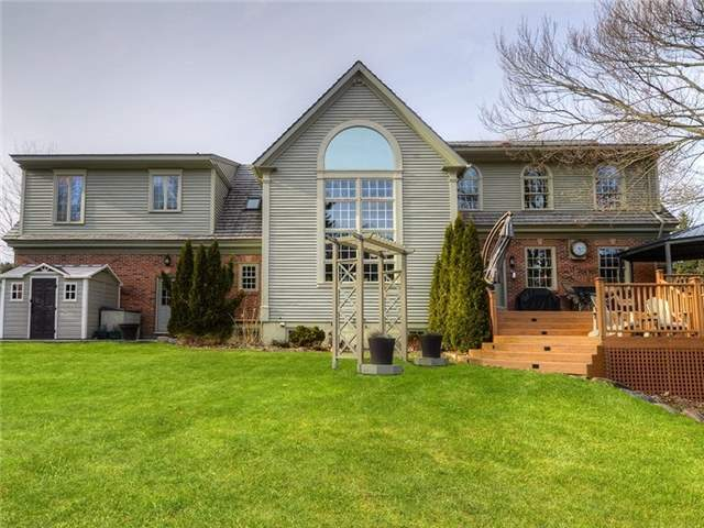 Detached at 16 Forfardale Rd, Whitchurch-Stouffville, Ontario. Image 5
