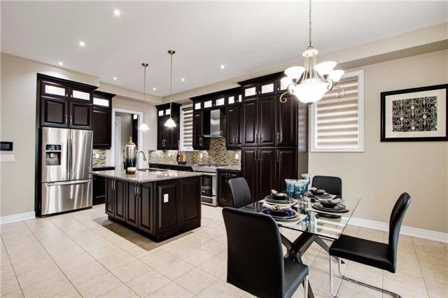 Detached at 190 Gar Lehman Ave, Whitchurch-Stouffville, Ontario. Image 12