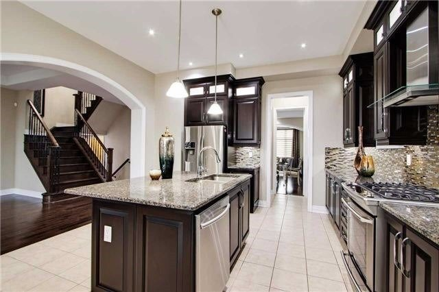 Detached at 190 Gar Lehman Ave, Whitchurch-Stouffville, Ontario. Image 13