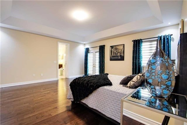 Detached at 190 Gar Lehman Ave, Whitchurch-Stouffville, Ontario. Image 3