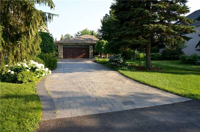 Detached at 255 Oxford St, Richmond Hill, Ontario. Image 12