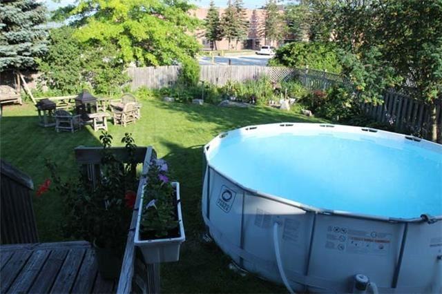 Detached at 21 Campion Crt, Georgina, Ontario. Image 9