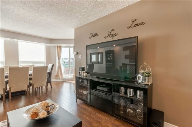 Condo With Common Elements at 100 Arbors Lane, Unit 106, Vaughan, Ontario. Image 17