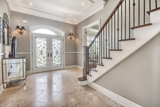 Detached at 35 Colony Crt, Vaughan, Ontario. Image 12