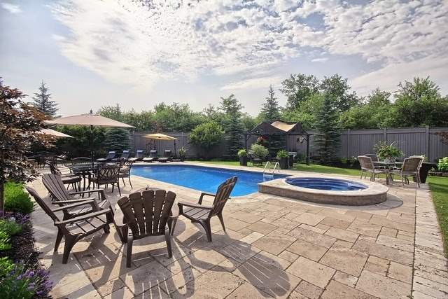 Detached at 35 Colony Crt, Vaughan, Ontario. Image 11