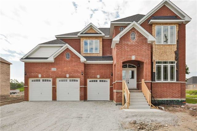Detached at 1399 Gilford Rd, Innisfil, Ontario. Image 12