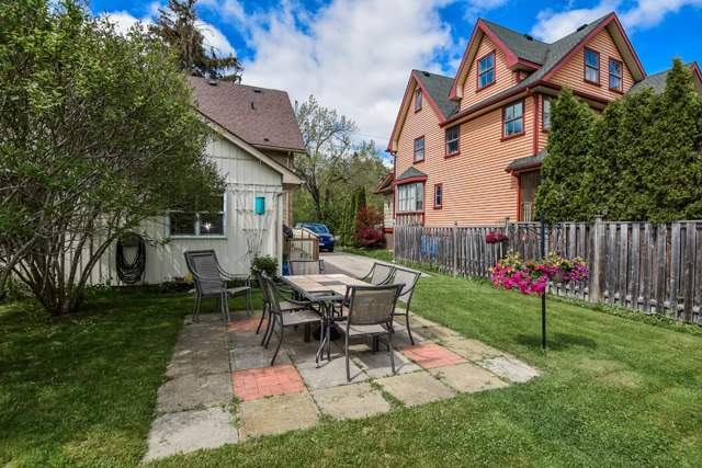 Semi-detached at 35 Tyler St, Aurora, Ontario. Image 13