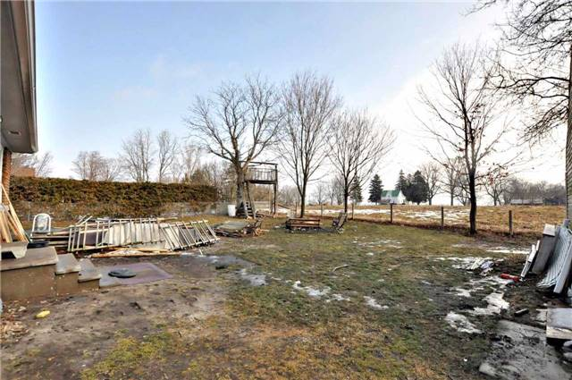 Detached at 18947 Mccowan Rd, East Gwillimbury, Ontario. Image 6
