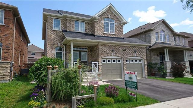Detached at 71 Eakin Mill Rd, Markham, Ontario. Image 12