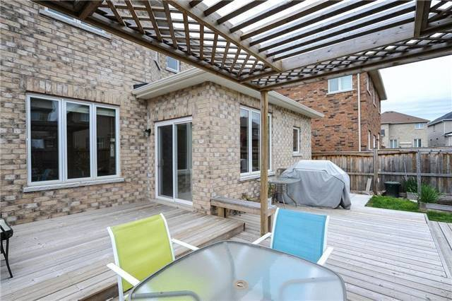 Detached at 71 Eakin Mill Rd, Markham, Ontario. Image 10