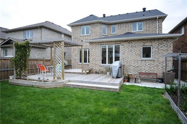 Detached at 71 Eakin Mill Rd, Markham, Ontario. Image 13