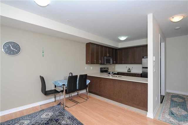 Condo Townhouse at 9601 Jane St, Unit 8, Vaughan, Ontario. Image 17