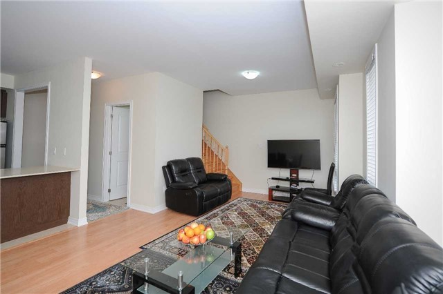 Condo Townhouse at 9601 Jane St, Unit 8, Vaughan, Ontario. Image 18
