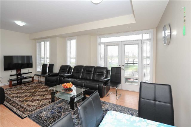 Condo Townhouse at 9601 Jane St, Unit 8, Vaughan, Ontario. Image 19