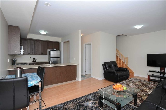 Condo Townhouse at 9601 Jane St, Unit 8, Vaughan, Ontario. Image 2