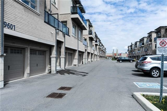Condo Townhouse at 9601 Jane St, Unit 8, Vaughan, Ontario. Image 7