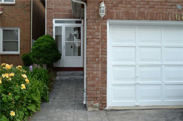 Detached at 60 Whitney Pl, Vaughan, Ontario. Image 9