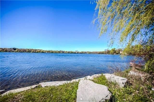 Detached at 477 North Lake Rd, Richmond Hill, Ontario. Image 4