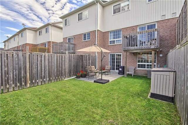 Townhouse at 129 Hammill Heights Dr, East Gwillimbury, Ontario. Image 8