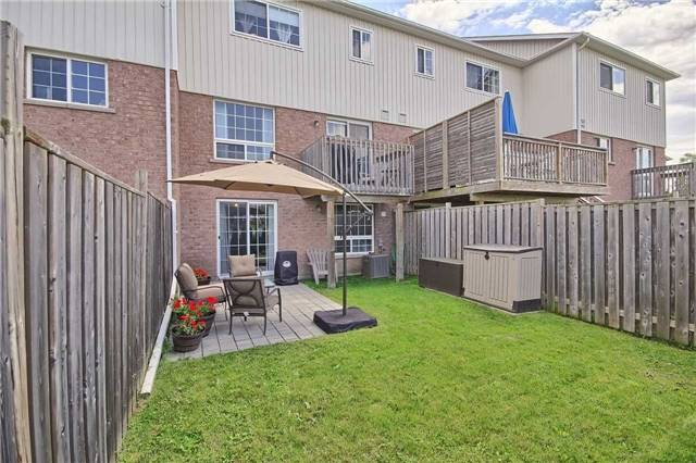 Townhouse at 129 Hammill Heights Dr, East Gwillimbury, Ontario. Image 9