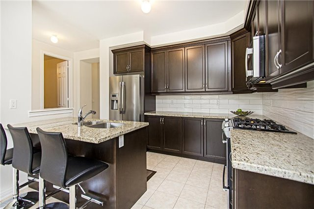 Detached at 65 Cauthers Cres, New Tecumseth, Ontario. Image 17