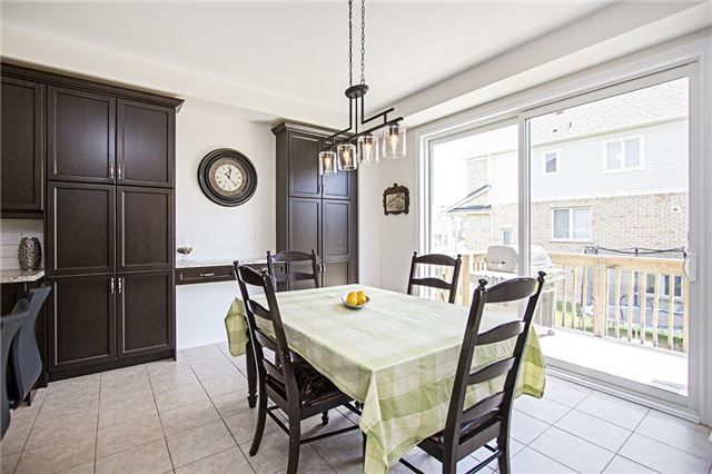 Detached at 65 Cauthers Cres, New Tecumseth, Ontario. Image 18