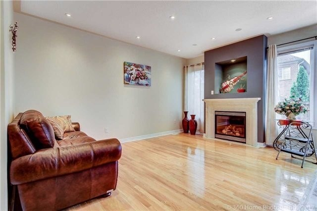 Link at 68 Tidewater St, Markham, Ontario. Image 14