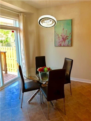 Link at 68 Tidewater St, Markham, Ontario. Image 19