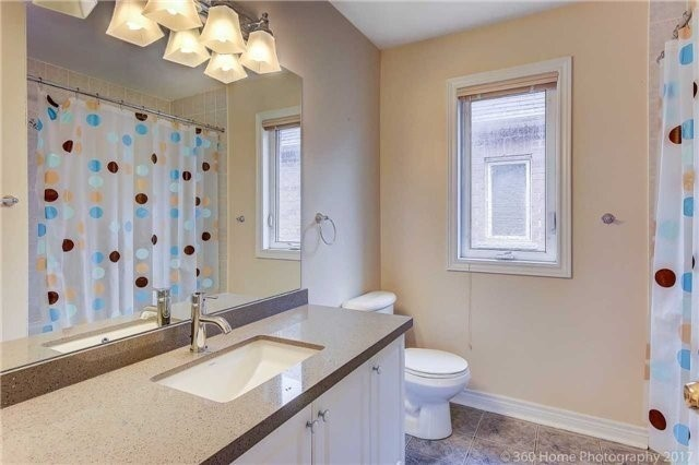 Link at 68 Tidewater St, Markham, Ontario. Image 7