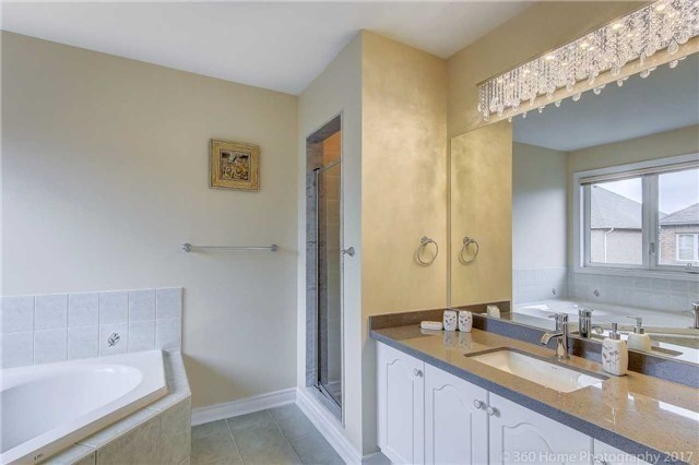 Link at 68 Tidewater St, Markham, Ontario. Image 8