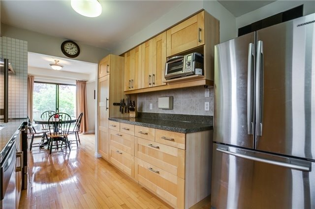 Detached at 25 Spring St, Whitchurch-Stouffville, Ontario. Image 20